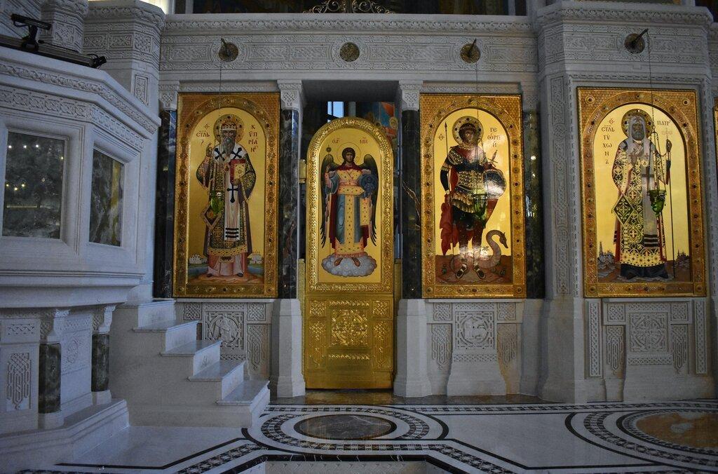 православный храм — Церковь Новомучеников и Исповедников Российских в Сретенском монастыре — Москва, фото №3
