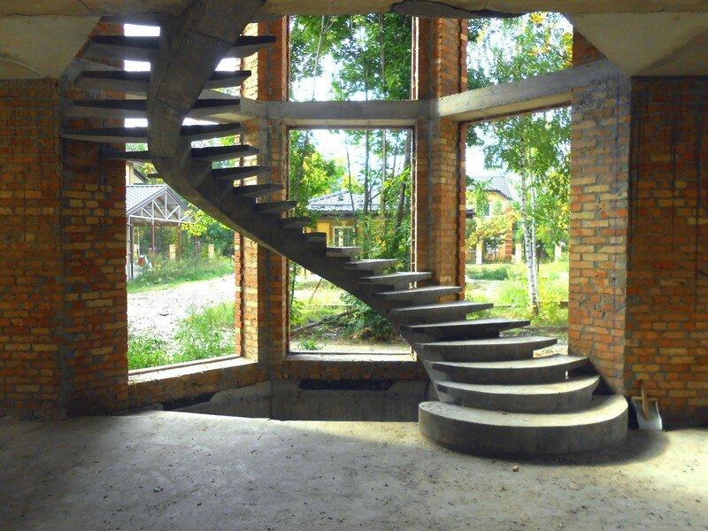 фото лестниц в доме с эркером звезды