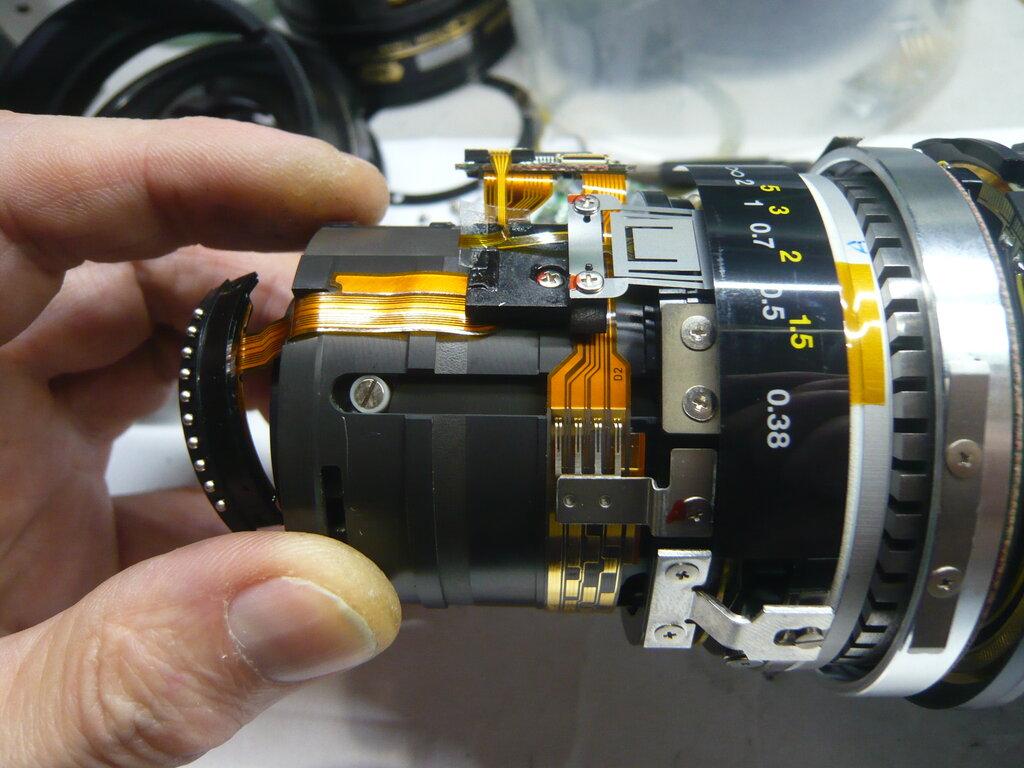 ремонт залитого фотоаппарата конструкции зачастую ставят