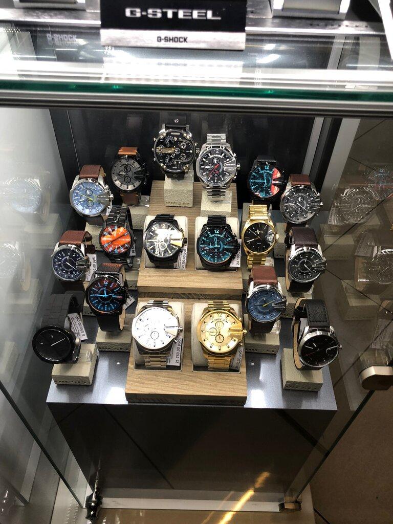 Интернет часы в магазине продать где павелецкая ломбард часы