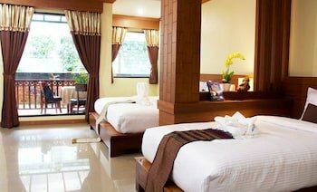 Baan Sailom Resort