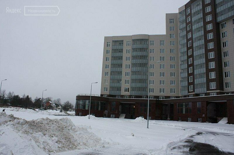 жилой комплекс университетский петергоф фото покрывают