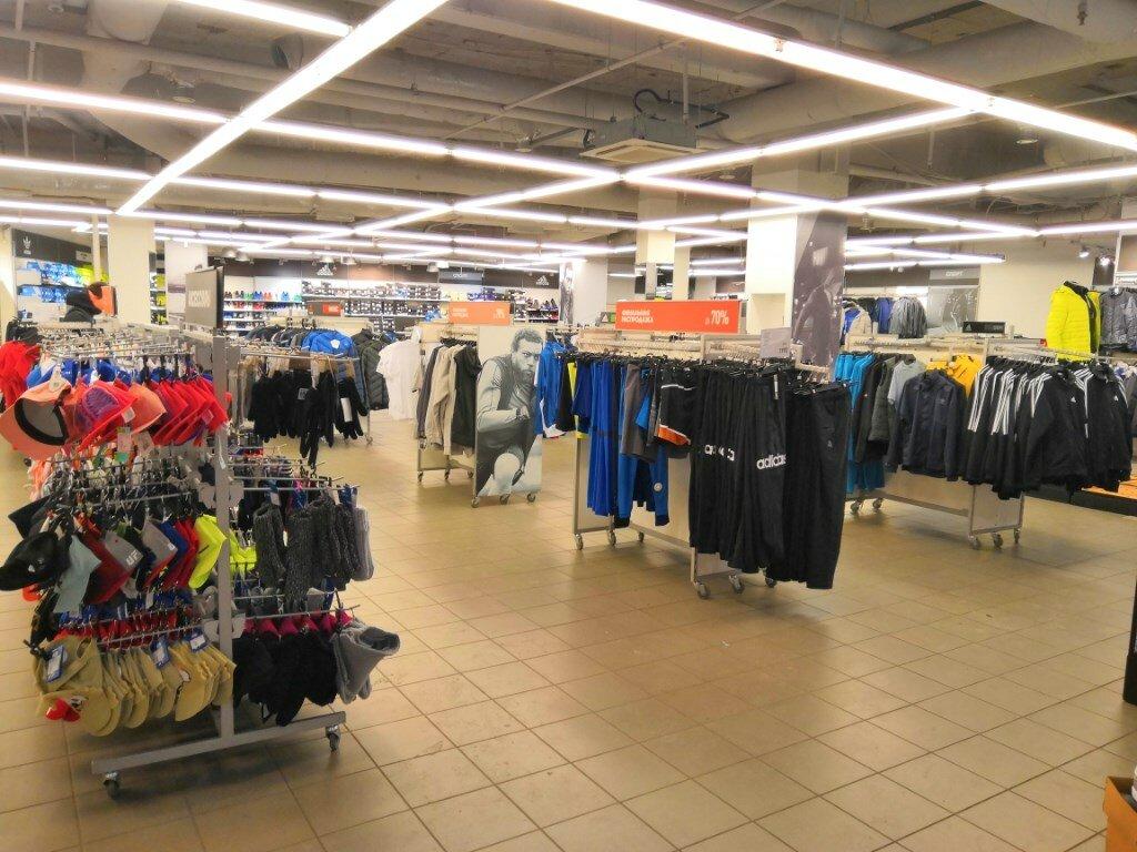 cd954d08 спортивная одежда и обувь — Adidas & Reebok Outlet — Санкт-Петербург, фото №
