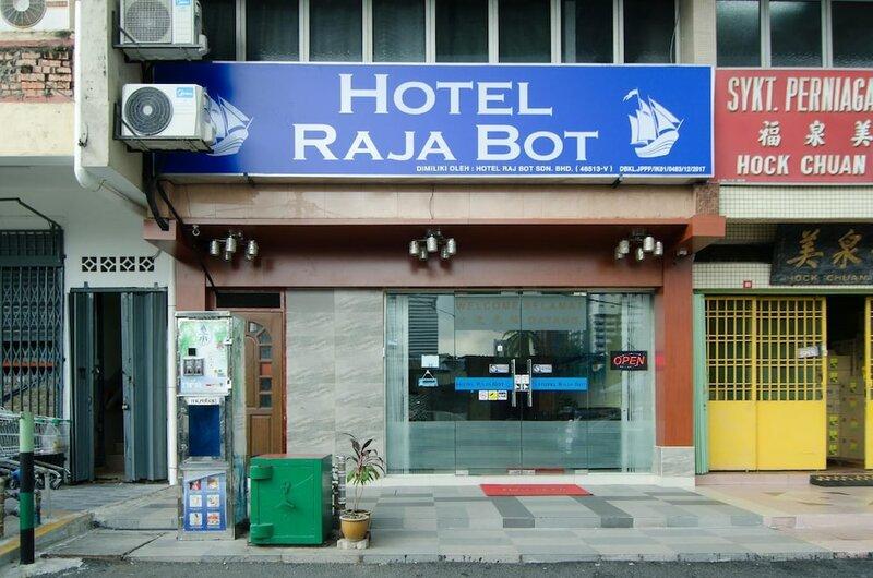 Hotel Raja Bot