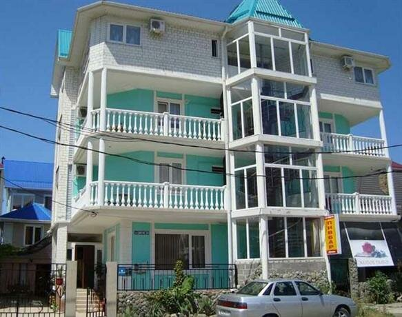 Solyaris Guesthouse