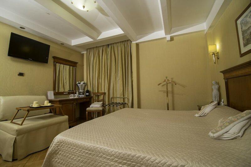 Luxury Rooms H 2000 Roma