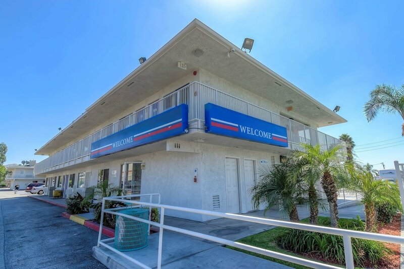 Motel 6 San Bernardino, Ca - South