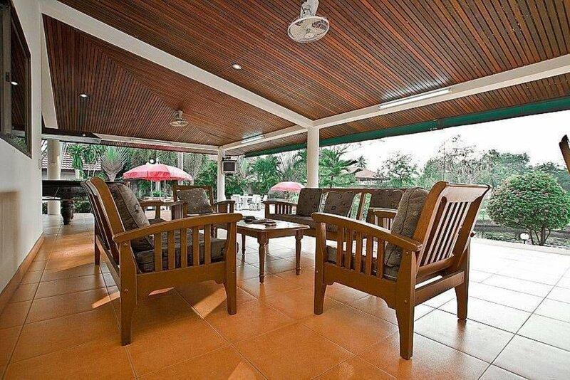 Lake View Villa Bang Lamung