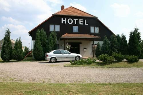 Hotel Und Pension Le Petit