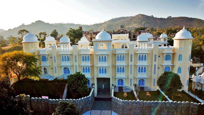 The Everest Hill Resort