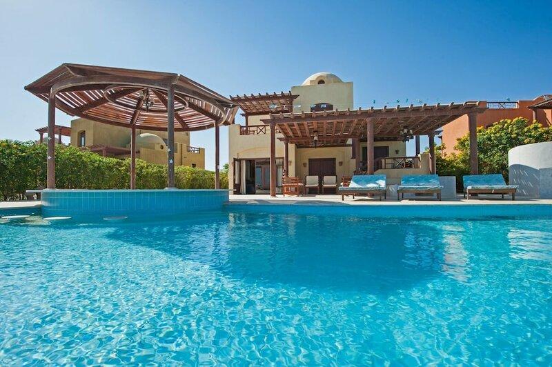 Villa in El Gouna with Pool