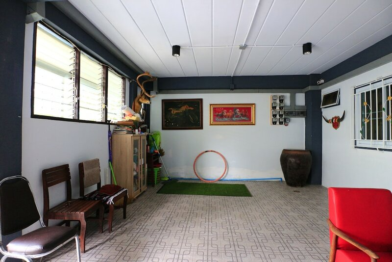 9g Room
