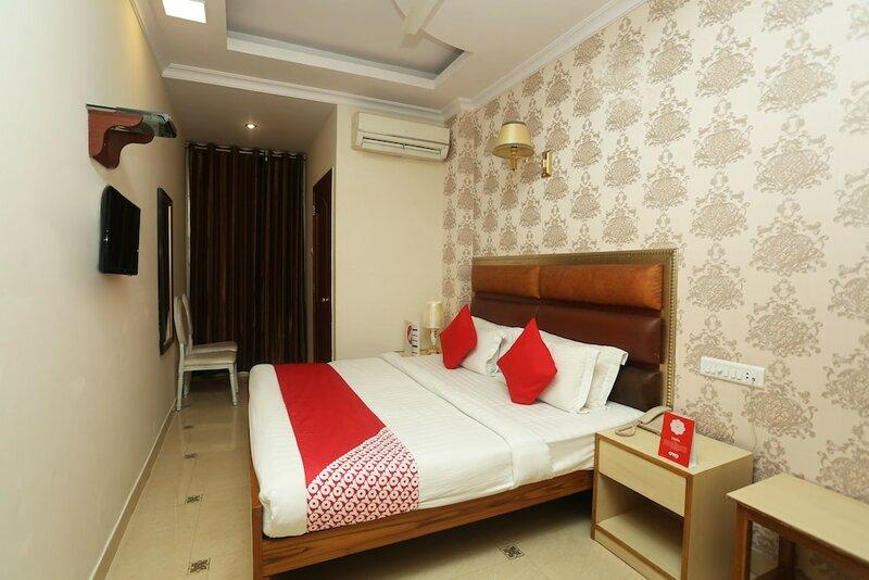 Oyo 13355 Grest Hotel