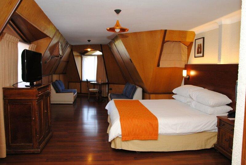 Manquehue Las Condes Hotel