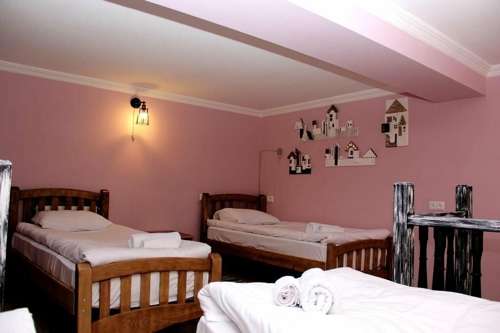 гостиница — Check Point — Тбилиси, фото №1