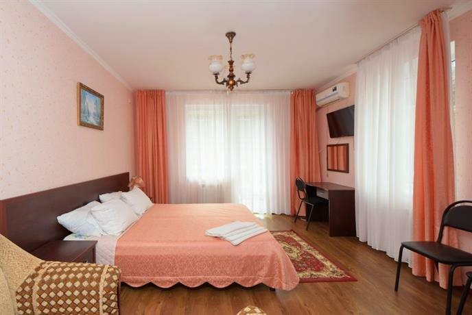 Moya Sem'ya Hotel