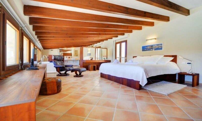 104516 - Villa in Felanitx