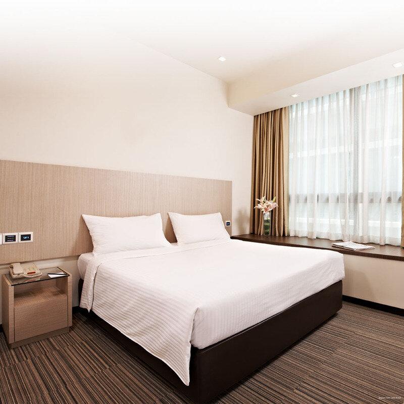 Aqueen Hotel Kitchener