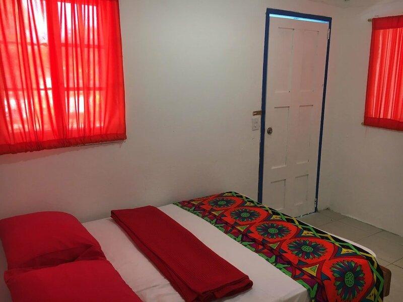 Caribe Bocas del Toro Hostel