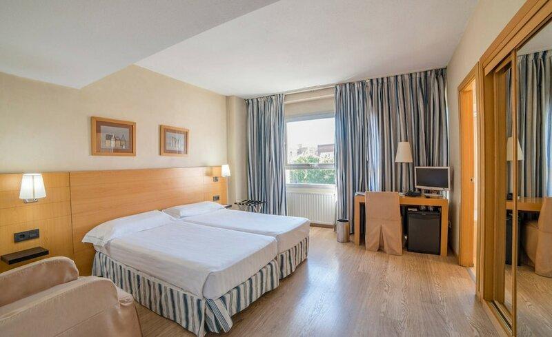 Hotel Infanta Mercedes