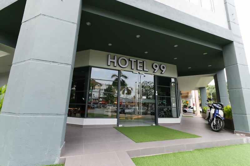 Hotel 99 - Kota Kemuning