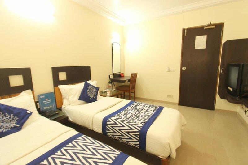Oyo 1377 Hotel Alfa