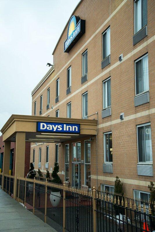 Days Inn by Wyndham Jamaica Jfk Airport