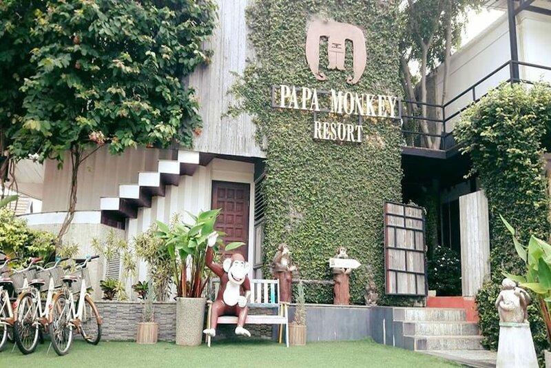 Papa Monkey Resort