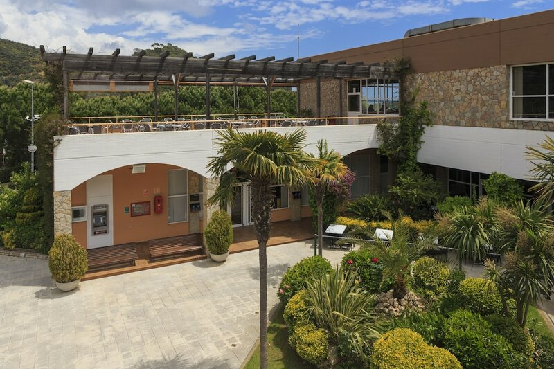 Arenas Resort Giverola
