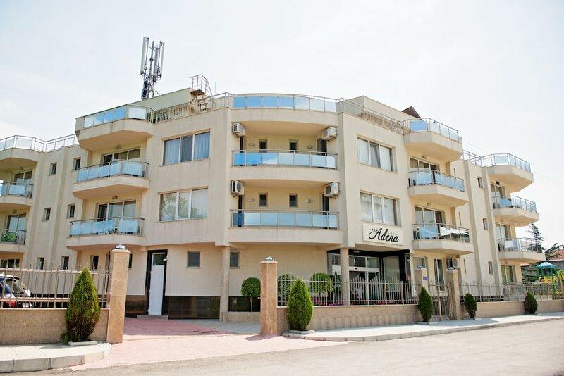 Family Hotel Adena