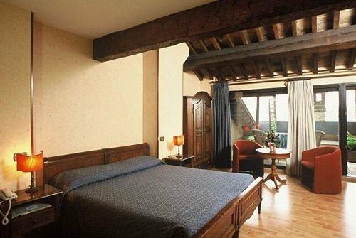 Maxxim Hotel & Loft