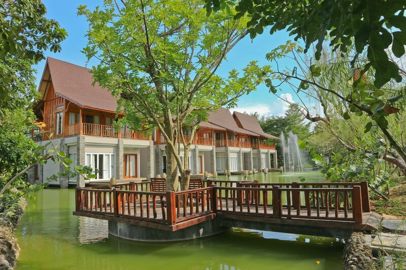 Grand Mega Resort and SPA Cepu
