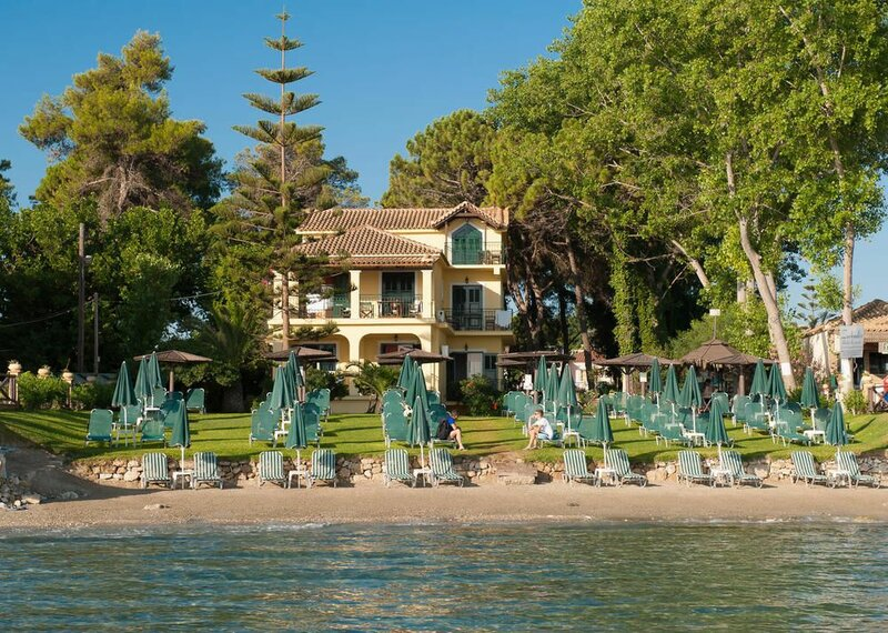 Zarkadis Beach Apartments