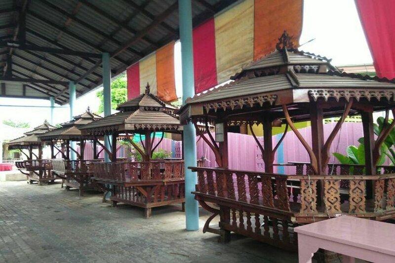 Choosri Resort