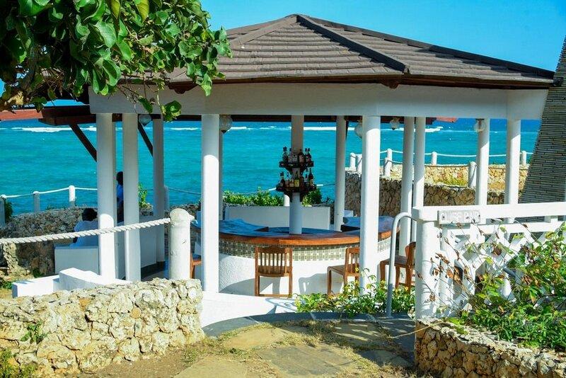 Hill Park Amare Resort