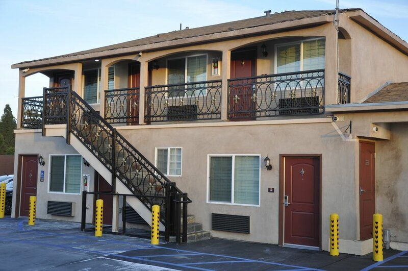 Sun Light Motel