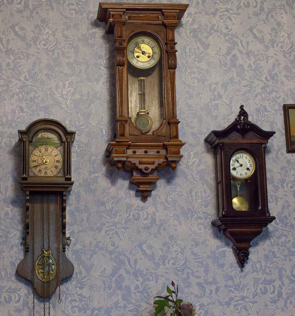 Антиквариат настенные как часы продать ссср женские часов чайка стоимость