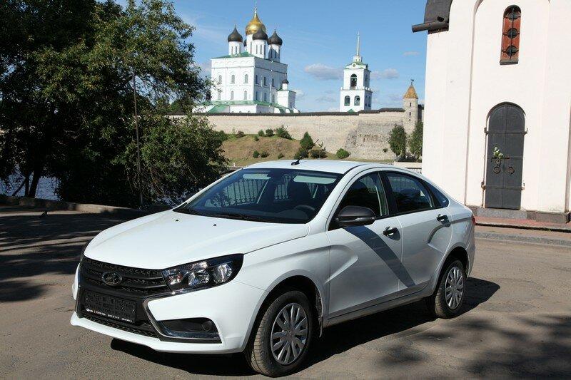 Работа водителем такси Псков - основная фотография