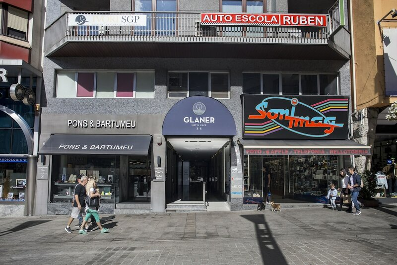 Glaner Hotel Café
