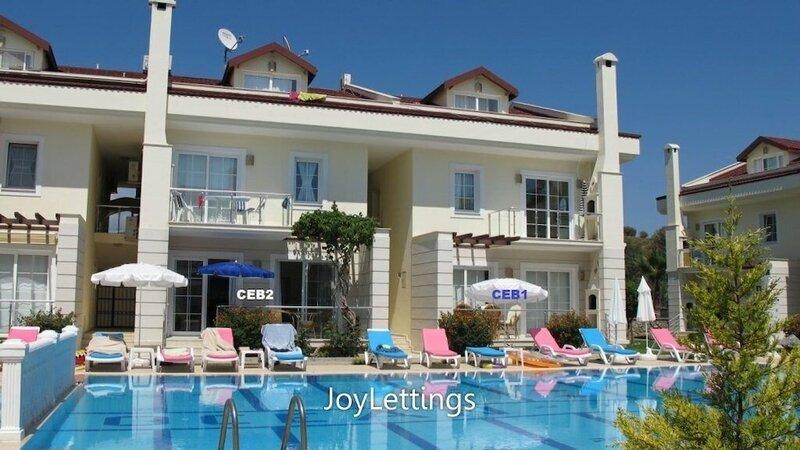Villa Ceb2 by JoyLettings