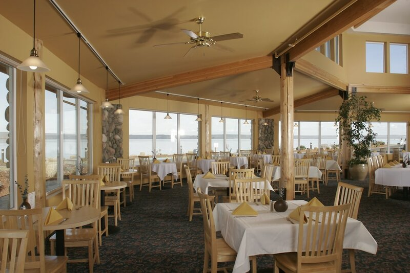 River Lodge And Grill