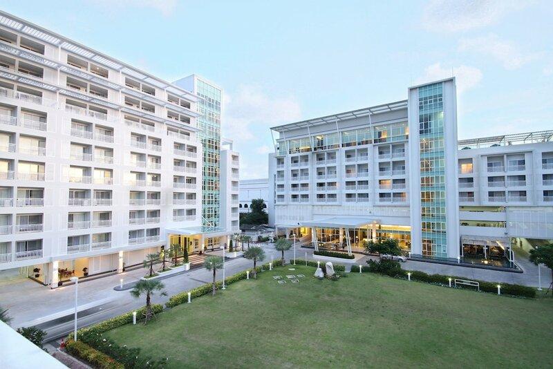 Kameo Grand Hotel & Serviced Apartment, Rayong