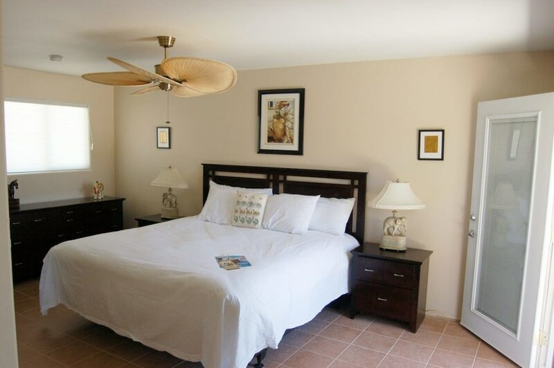 Sea Mountain Inn Nude Resort - Adults Only