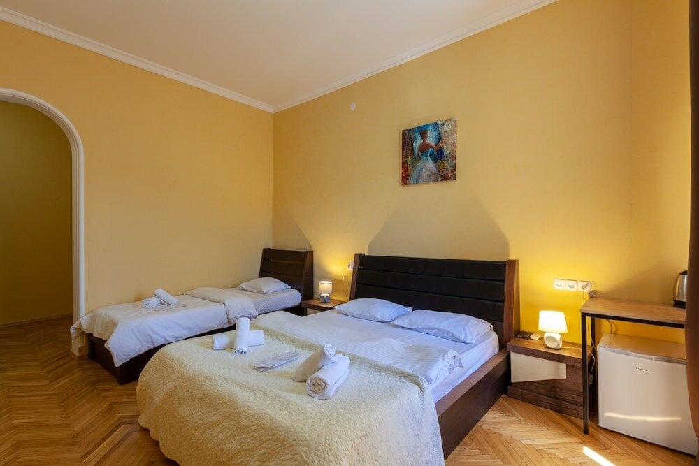 гостиница — Отель Nine — Тбилиси, фото №2