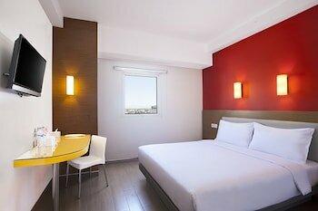 Amaris Hotel Karawang