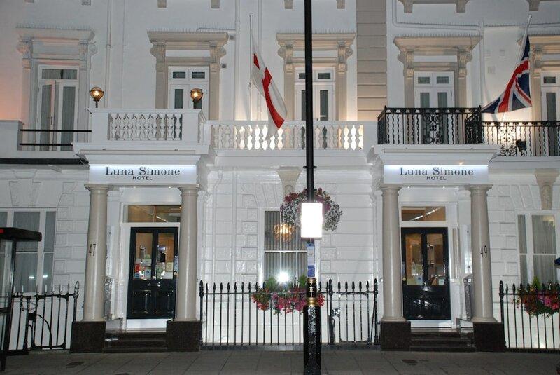 Luna-Simone Hotel