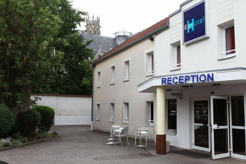 Hôtel Revotel