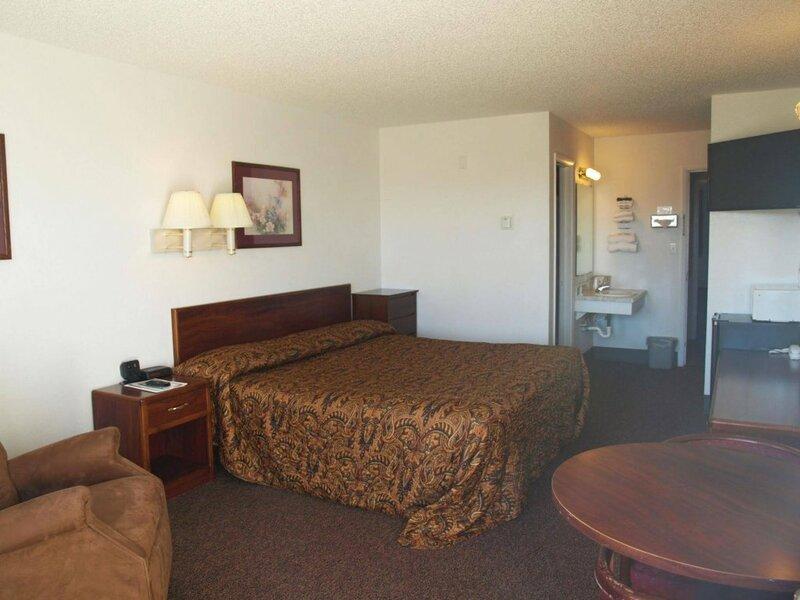 Yellowstone River Inn
