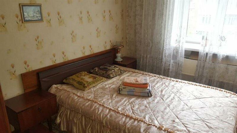 Druzhbyi 4a Apartments