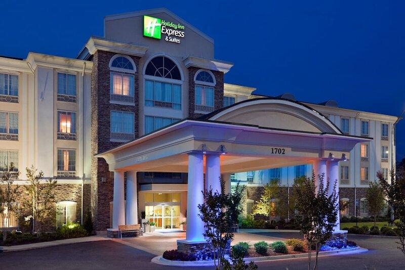 Holiday Inn Express Hotel & Suites Phenix City - Columbus